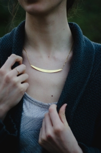 crescent-necklace